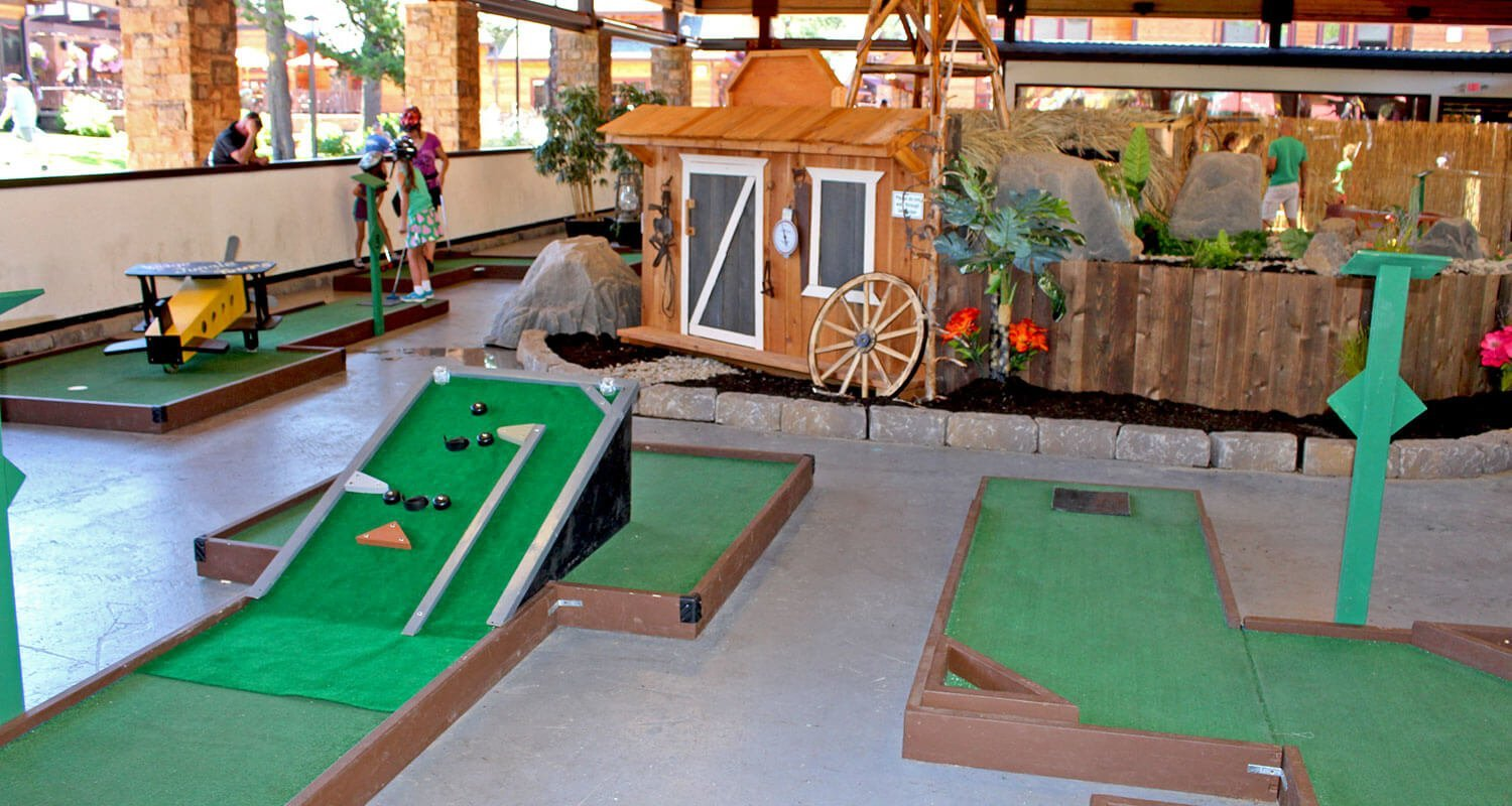 Alpine Entertainment Mini Golf